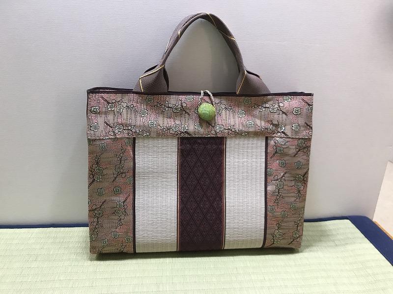 縁と畳表のバッグ��4